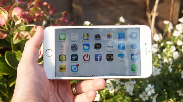 man-hinh-iphone-6-plus-bi-rung