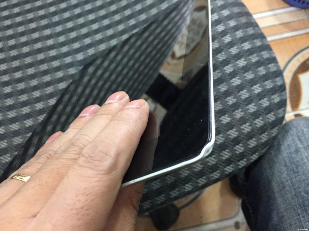 Ipad bị móp góc
