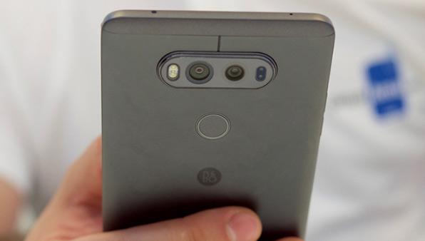 4 smartphone sở hữu camera kép đáng chú ý nhất hiện nay