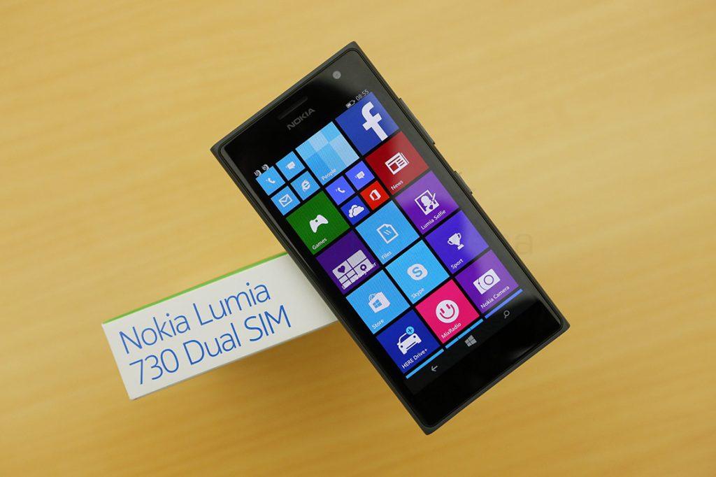 Thay màn hình Lumia 730