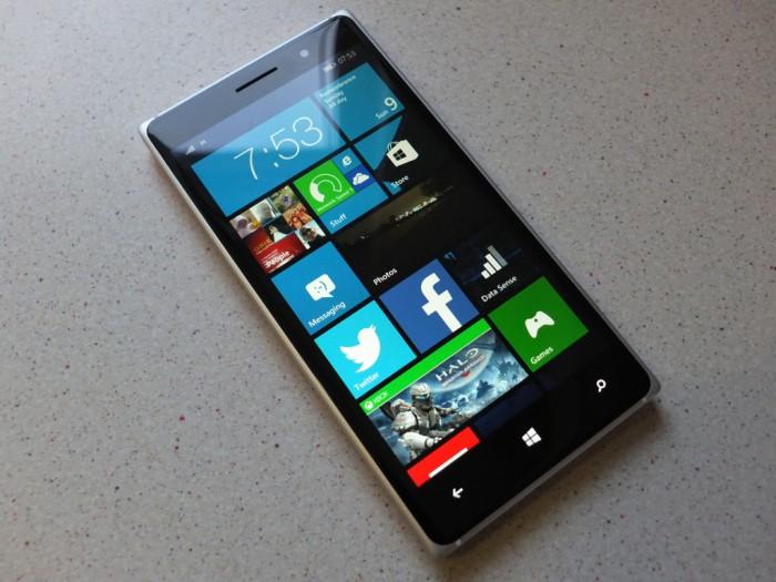 Thay màn hình Lumia 830