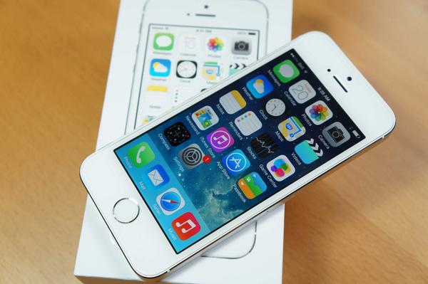 iphone 5S bị loạn cảm ứng
