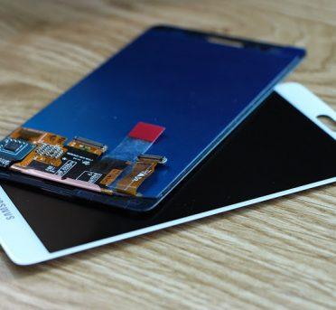 thay mặt kính màn hình Samsung