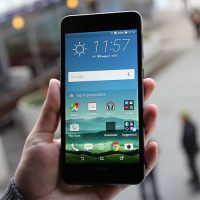 sua-chua-HTC-Desire-728G-bi-sap-nguon-2
