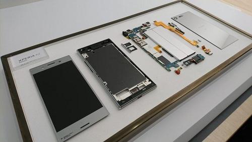 Thay màn hình Sony Xperia XZ Premium