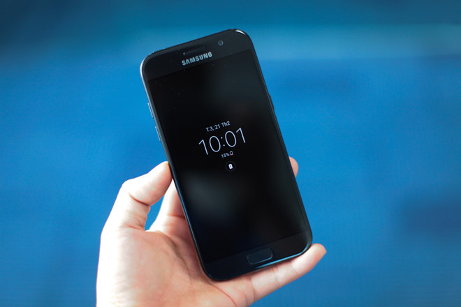 Thay ổ cứng Samsung Galaxy A5 (A520 ; 2017)