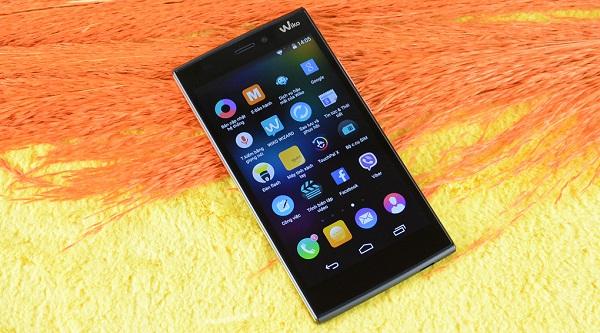 Thay màn hình chính hãng có phải là sự lựa chọn tốt nhất cho điện thoại?