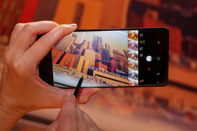 Vì sao màn hình Samsung Galaxy Note 8 được đánh giá toàn diện nhất hiện nay?