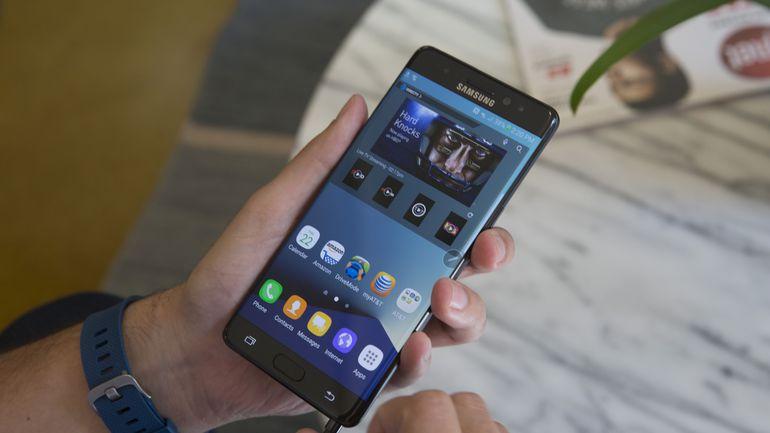 Khắc phục Samsung Note FE đơ màn hình, liệt cảm ứng